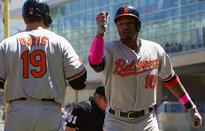 Adam Jones hits strangest upper-deck HR you'll ever see