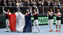 Davis Cup: Adrian Mannarino wins France quarter-final spot against Italy