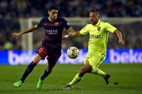 Barcelona transfer news: Carles Puyol sparks rumours over Marc Bartra move to Manchester United