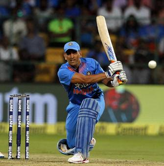 Will Dhoni play until 2019 World Cup?