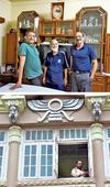 Parsis chip in with blue-collar work