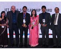 IET announces 2017 scholarship winners