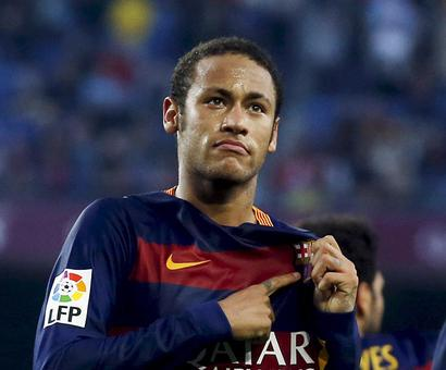 Barcelona leaves Neymar out of El Clasico