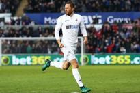 Star gives Swansea boss Bob Bradley the secret of how to beat Tottenham