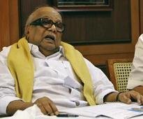 Illiterate Karunanidhi desperate to rule Tamil Nadu: AIADMK