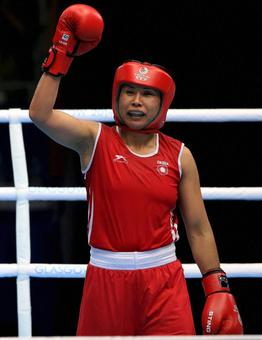 Sarita turns professional but wants to continue in amateur too
