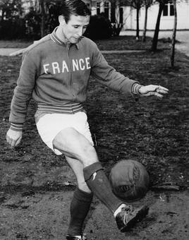 Former France and Real Madrid great Kopa passes away at 85