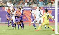 Henrique Sereno leads Chennaiyin to victory