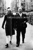 Rare pictures of Nehru with Edwina Mountbatten
