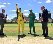 LIVE: Hafeez departs as Australia put Pakistan to bat in third ODI