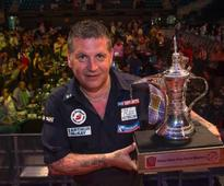 Comeback king Gary Anderson ends Michael van Gerwen's three-year as the Dubai Duty Free Darts Master