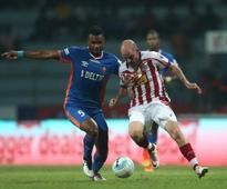 ISL 2016: FC Goa slapped with Rs 4 lakh fine; Luciano Sabrosa, Rafael Dumas suspended