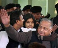 UP Election 2017: Samajwadi Party stands to lose more after alliance with Congress
