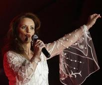 Sheena Easton debuts at West End in '42nd Street' musical