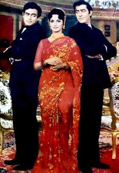 #InstaStories: Waheeda Rehman with Sanjeev Kumar