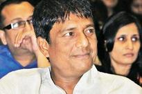 Shweta Menon vibrant, lively: Adil Hussain