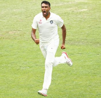 Can Ashwin displace Pakistan's Yasir from the top?