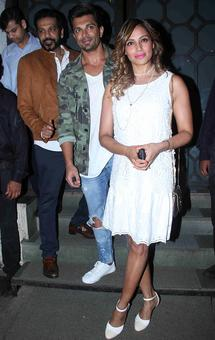 PIX: Bipasha-Karan party with Shilpa, Tabu