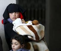 Exodus to Turkish border as Syria forces assault on Aleppo intensifies