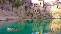 Absence of Lord Ram, Hanuman statues in Katas Raj irks Pak SC