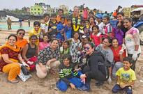 Pooja Bhatt Among Bollywood Celebs to Attend Largest Beach Clean-Up in Mumbai