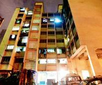 Two of family found dead in Matunga