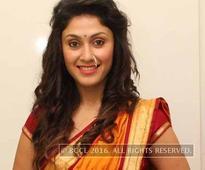 Manjari Fadnis wants to work with Rajkumar Hirani