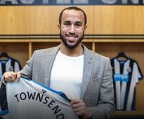 Everton vs Newcastle team news: Andros Townsend starts for Magpies