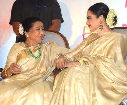 Asha Bhosle, Rekha: Divas on a stage