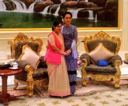 Sushma on Myanmar visit, meets Suu Kyi