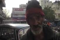 Karachi: English-speaking homeless man finally gets job