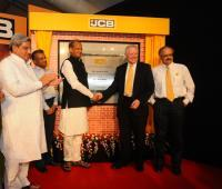 Shri Ashok Gehlot lays foundation stone for JCB India manufacturing plant
