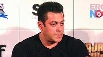 Salman Khan and Rakeysh Omprakash Mehra had a heated spat in Spain?