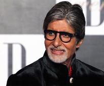 Aamir can be termed as 'great' actor, not me: Big B