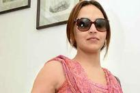 Waiting for some decent roles to come my way: Esha Deol