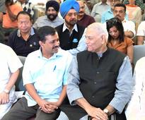 Yashwant Sinha, Kejriwal share stage, push for fight against fear for democracy