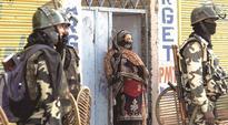 Srinagar: Jawan killed, 8 injured in militant attack on SSB convoy