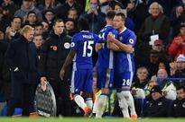 Chelsea hammer Everton 5-0 to go top