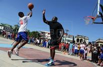Shaquille O'Neal offers basketball workshop to Cuban youths