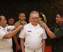 Belmonte commissioned as Navy reservist