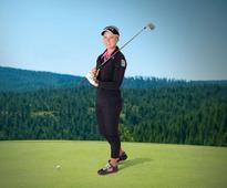 SKECHERS : Performance Signs LPGA Rising Star Brooke Henderson*