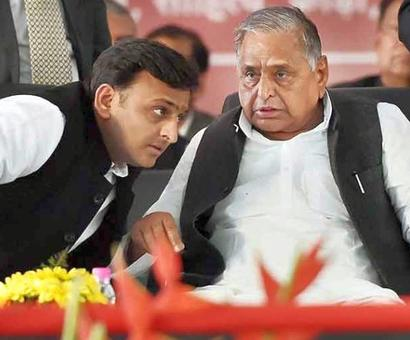 Not floating separate party for now: Mulayam