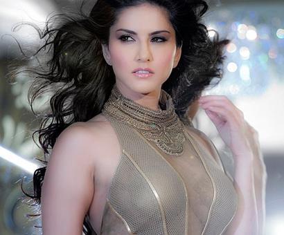 OMG! FIR filed against Sunny Leone