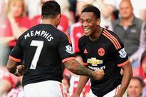 Sir Alex Ferguson hails Manchester United