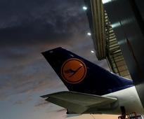Pilots union open to talks with Lufthansa in pay dispute