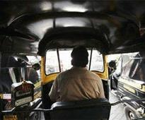 Manager, auto drivers lock horns over parking space