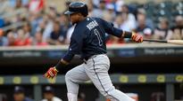 Braves trade infielder Erick Aybar to Tigers