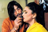 'Khalnayak' pair Sanjay Dutt and Madhuri Dixit to reunite for film?