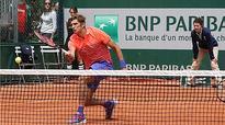 Mirnyi into Roland Garros third round