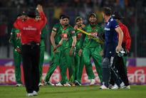 Nasser Hussain PRAISES England captain Jos Buttler after umpires restrain him in clash with Bangladesh players